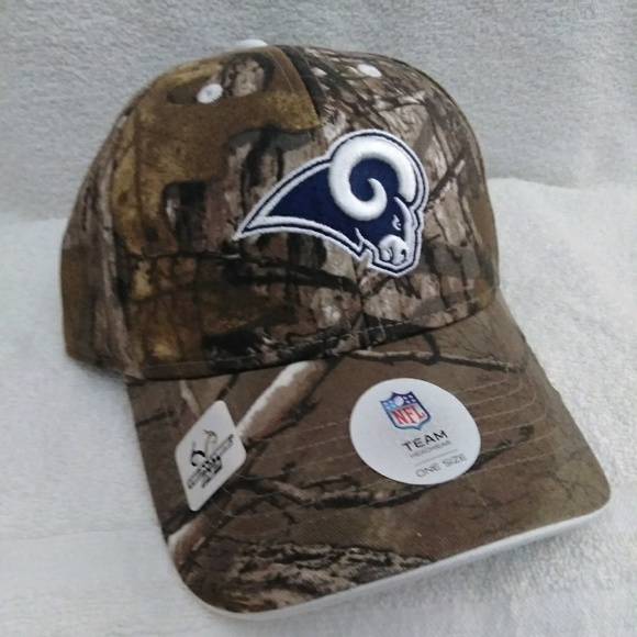 89895e0b648 Los Angeles Rams Camouflage Ball Cap  NEW