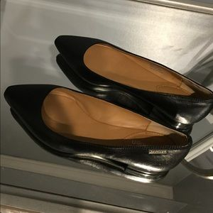 Calvin Klein black LEATHER  Flats size 5