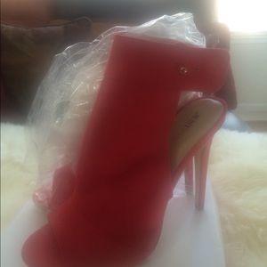 JustFab Women's Open Toe & Heel Shoe sz 10 New
