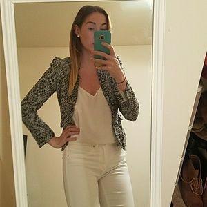 Beautiful patterned cropped blazer