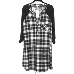 NWT b&w plaid raglan dress with lace back