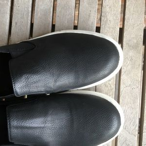 Kenneth Cole Reaction Shoes - Kenneth Cole Reaction Leather Slip On Sneakers.