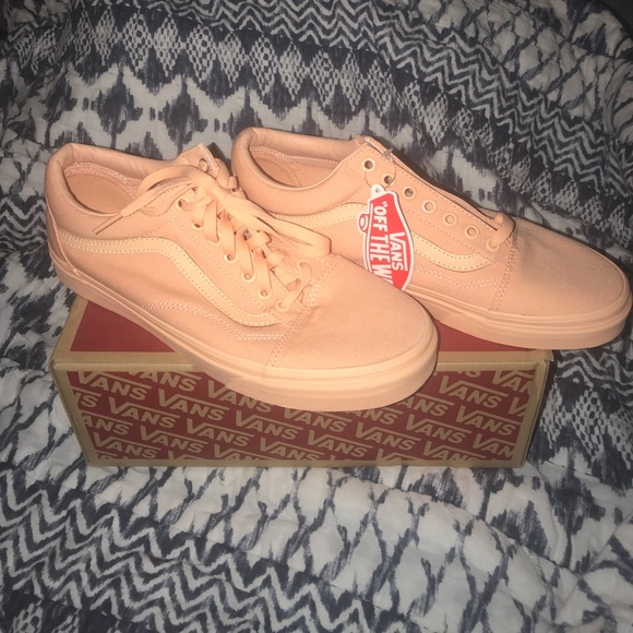 24d1625f32 Vans Old Skool Mono Canvas Apricot Ice NWT