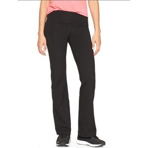 Gap fit boot cut black yoga pants size small