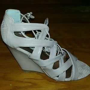 Nude open toe lace up wedge never worn