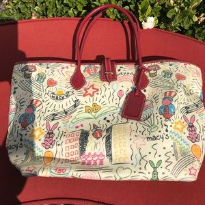 D&B Special Macy's Parade Tote