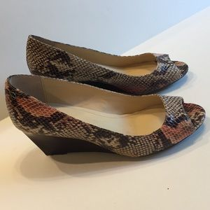 Calvin Klein $75 Leather Snakeskin Embossed Wedge