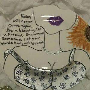 NWOT - Jewelry Plates w/ Inspirational Messages