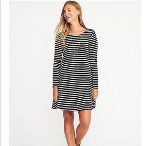 Old Navy Swing Dress Striped Shift