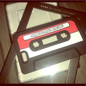 Marc by Marc Jacobs IPhone 5 case Black Cassette