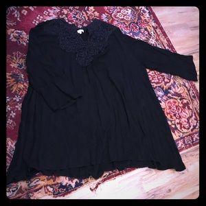 EUC Black boutique tunic