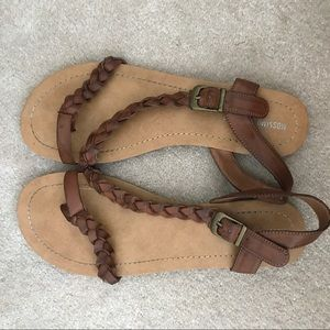 Mossimo Supply Company Sandals - Brown (Size 8)