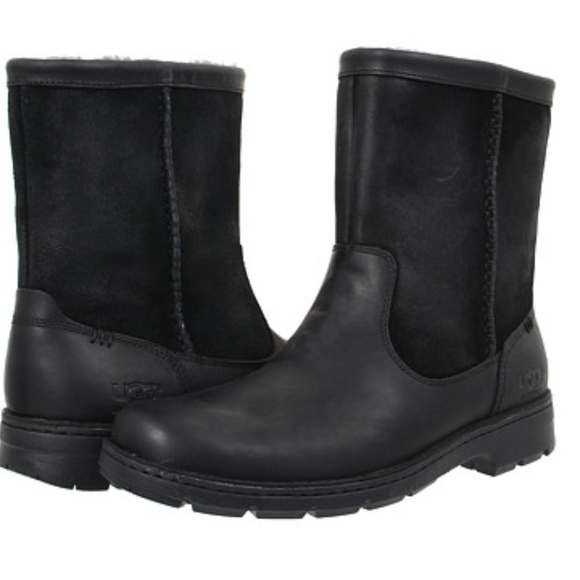 fb290a3dd02 UGG Foerster Black Leather Winter Boots Size 10