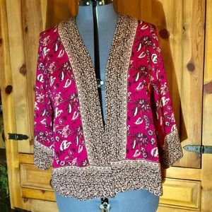 Torrid Cropped Kimono Magenta & Black SZ 18