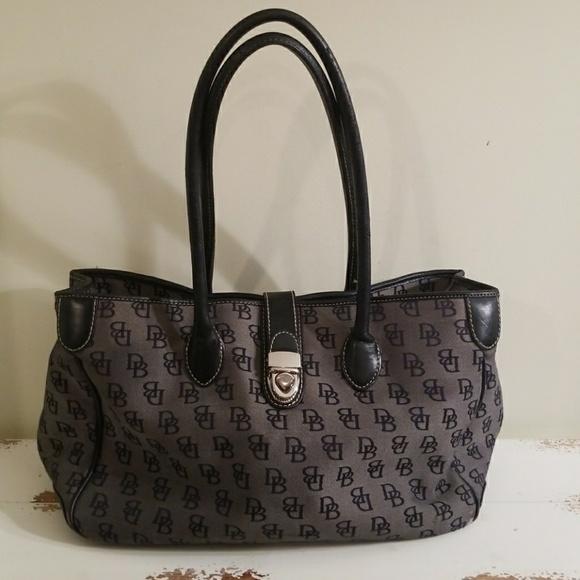 Dooney & Bourke Handbags - Dooney and Bourke Bag