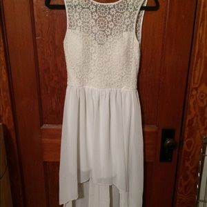 Off white sweetheart dress