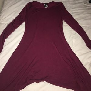 Burgundy tunic top