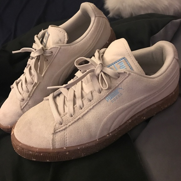 b5ab8477ee65 Puma Suedes Gum Nude Gum Bottom Sneakers. M 59c9b10f41b4e0fac909ec4a. Other  Shoes ...