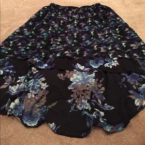 love this very cute high low skirt great condition