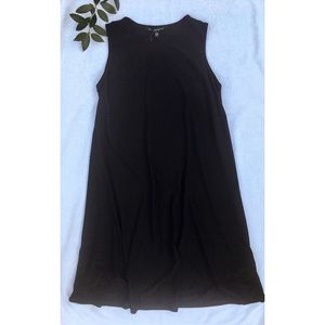 NWT swingy classic black midi dress