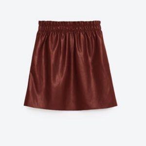Zara maroon faux letter skirt