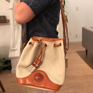 Vintage Dooney & Burke drawstring bucket bag