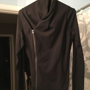 Lululemon women's wrap jacket size 8