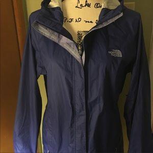 Women's North face hooded rain jacket windbreaker