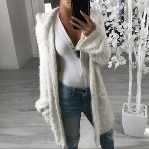 🆕BRADSHAW Cream Fuzzy Cardigan