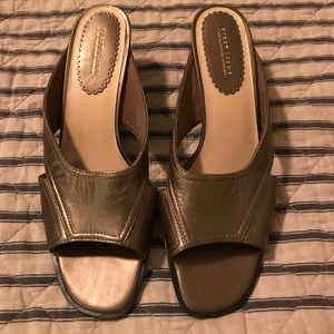 First Issue Liz Claiborne Slides NWOT
