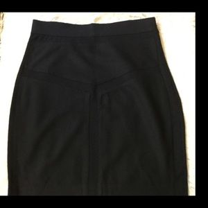DVf pencil skirt with textured v shape pattern