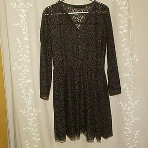 Lace Zara Midi Dress