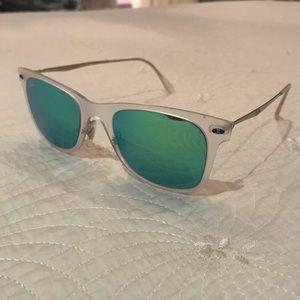 Ray-Ban Sunglasses- New Wayfarer Light Ray