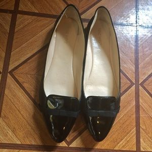 NINE WEST BLACK PATENT LEATHER POINTY TOE FLATS