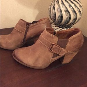 "Sofft Booties in Great Overall Condition! 3"" Heel"