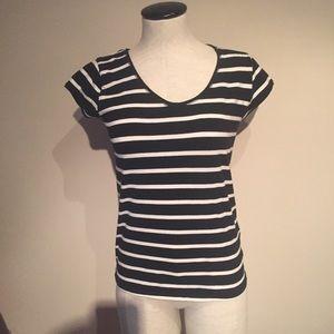 Zara fitted black w/white stripes t shirt