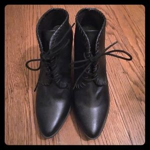 Adorable, barely worn booties!