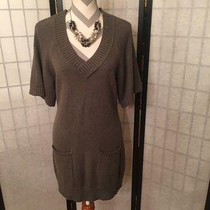 Banana Republic Sweater Dress w Pockets V Neck New