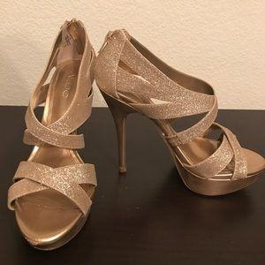 ALDO Gold Glitter 38 (8M) Heels