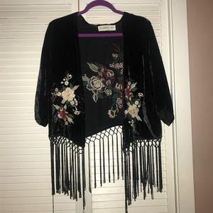 Velvet!! Embroidered kimono shall cropped