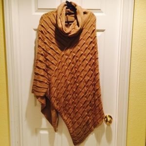 NWOT Detailed Poncho from Francesca's Collection