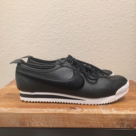Womens Nike Cortez 72 Sneakers Shoes Pink Size 7.5