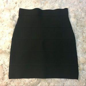 BCBG MAXAZRIA Black Bandage Stretch Skirt Medium