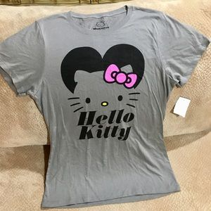 New Hello Kitty Gray T Shirt SZ XL