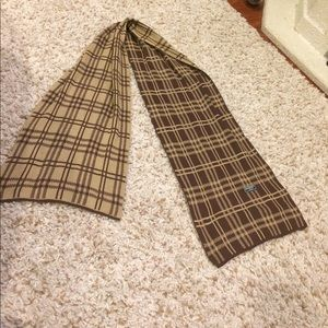 Burberry Scarf Limited edition