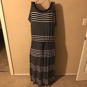 🎉Ava & Viv short sleeve maxi dress size 3X🎉