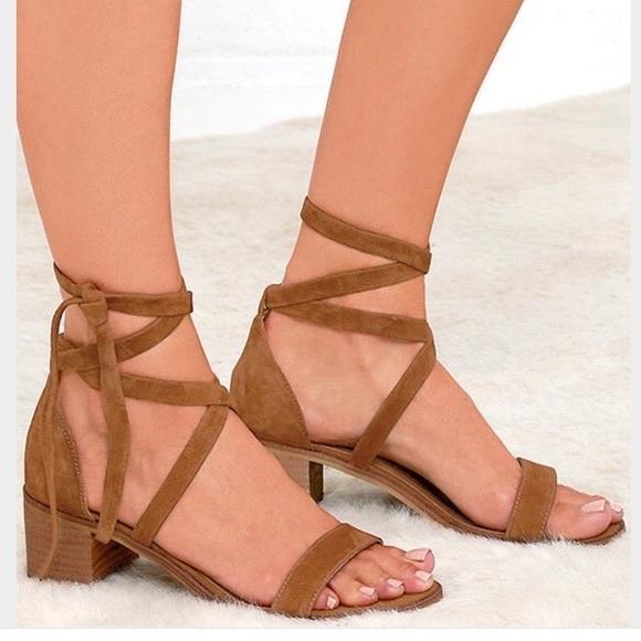 f124b887da64 Steve Madden Rizzaa Lace Up Sandals. M 59c9ee0a4225beb0c20b011a