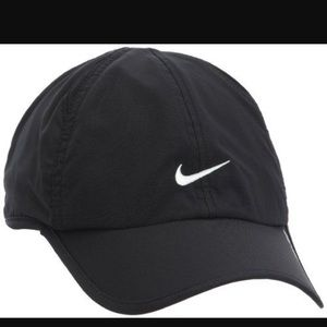 🔴Black nike cap with white nike logo