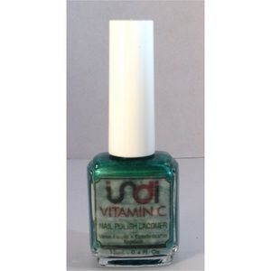 indi vitamin c nail polish frost light green