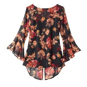 Tops - Chiffon Bell-Sleeve Blouse